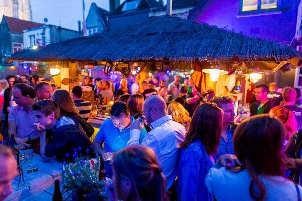 Dakterras - 's nachts | Proost in Breda